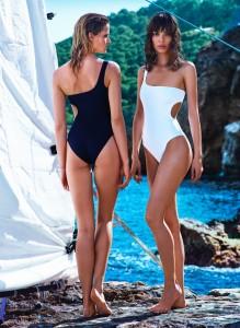 Cassiopeia Swimsuit, um 130 €