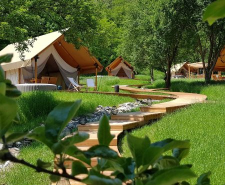 Glamping Chateau Ramsak – Holidays in the vineyard