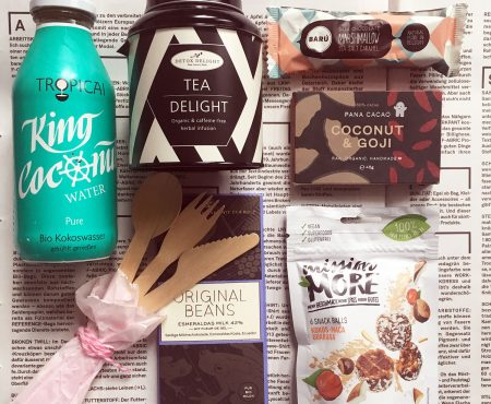 Organic snacks – chocolate, balls and delicious bars