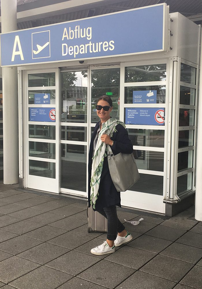 Der wunderbare Leinen-Hanf-Mantel ist ab sofort mein liebster Travel-Buddy