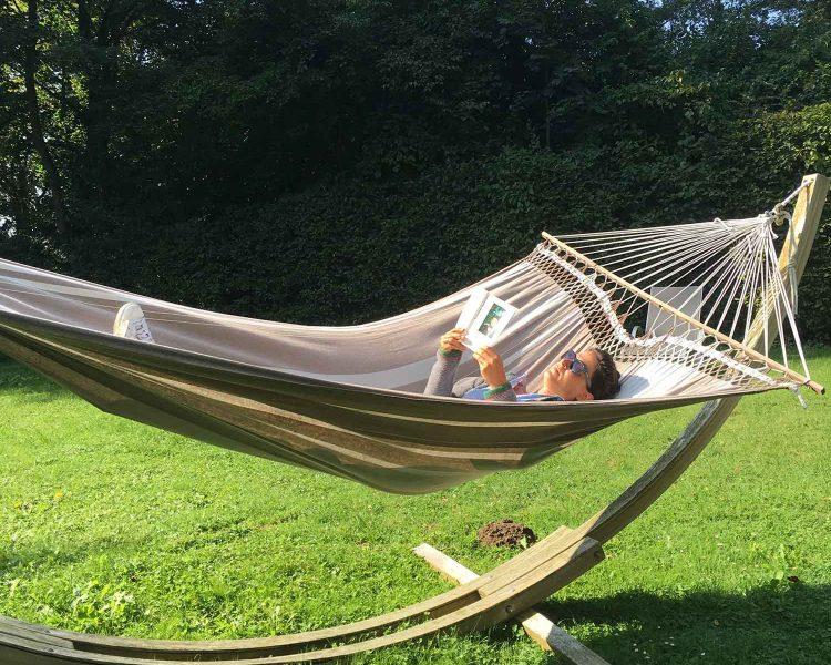 Grünes Paradies: Die XL-Hängematten im Garten