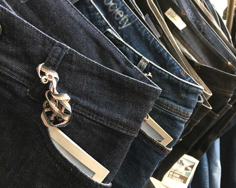 Close up: Jeans von Goodsociet