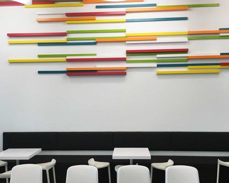 Herrlich minimalistisch ist im Gradonna auch das Kinder-Restaurant