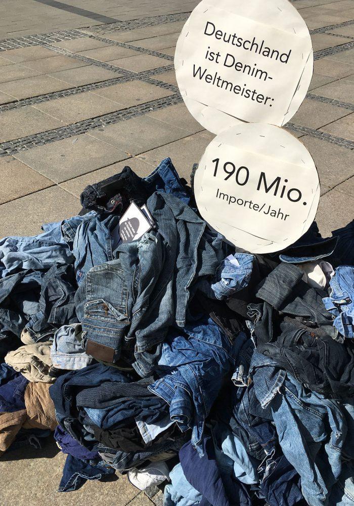 Wegwerfware Mode: 190 Millionen Jeans-Importe im Jahre. Und davon landen viele schnell wieder auf der Müllkippe