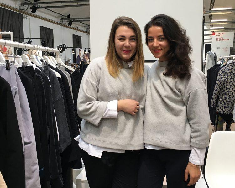 Jula und Anna - die beiden Powergirls aus Hamburg