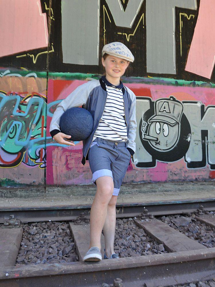 ... Ball spielen...
