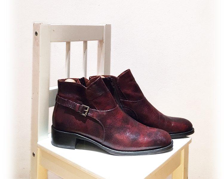 Schuhe von Lotusse