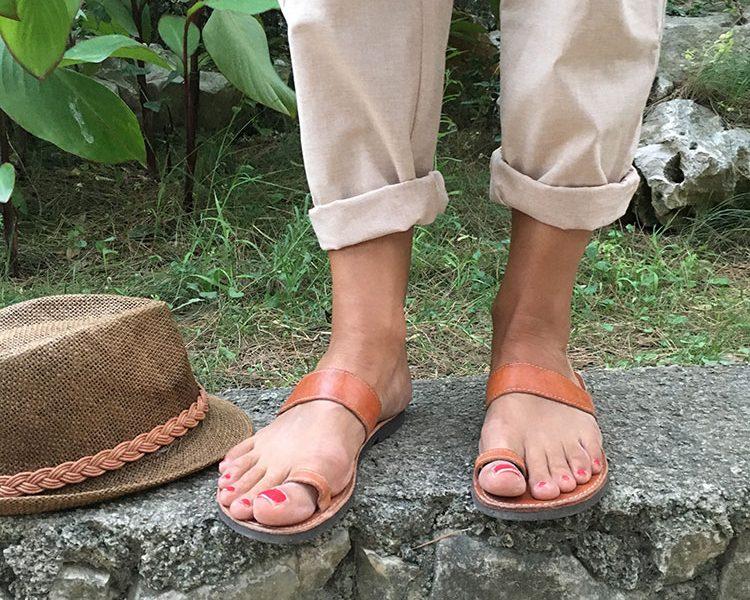 Im Urlaub brauche ich wenig mehr als meine Sandalen