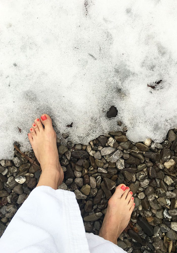 Schneetreten im Winter - Kneipp-Parcour im Sommer.