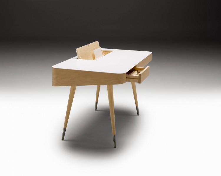 Schreibtisch von Naver Collection (c) Naver Collection