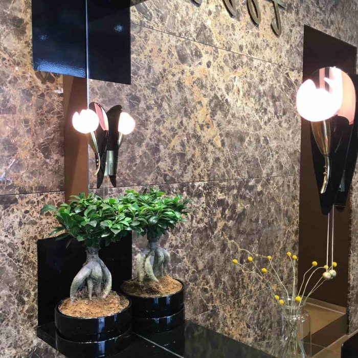 Marmor, Messing, Geschmack - tolles Design bei TOBS