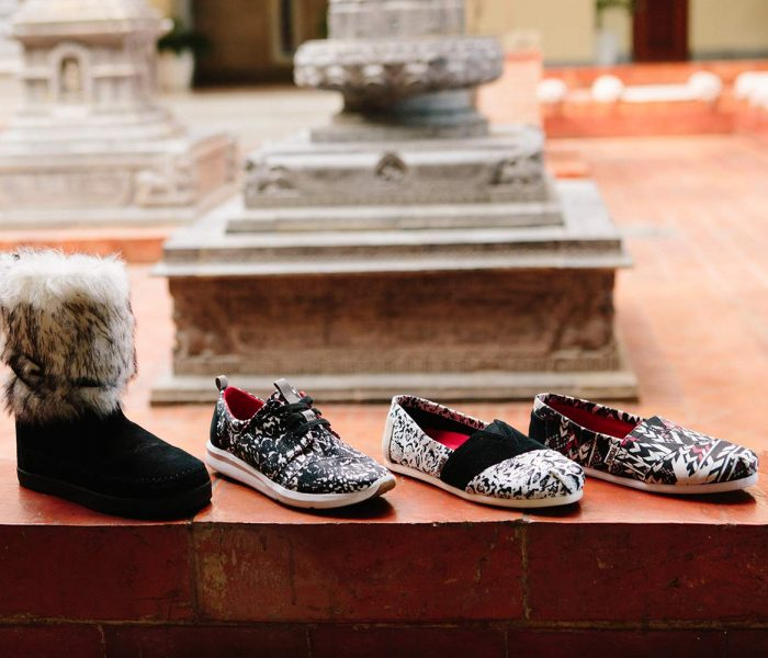 Die TOMS x Prabal Gurung Capsule Collection