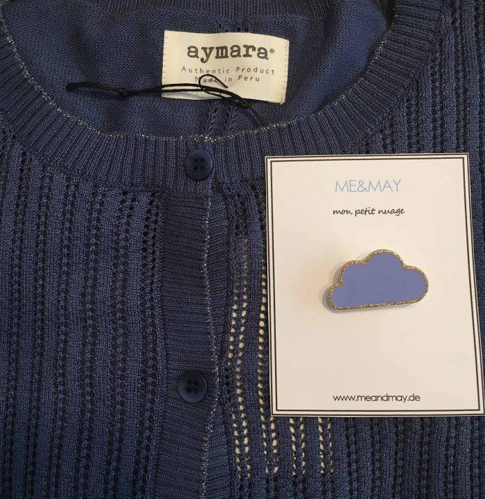 Knitwear + Pins = L.O.V.E.