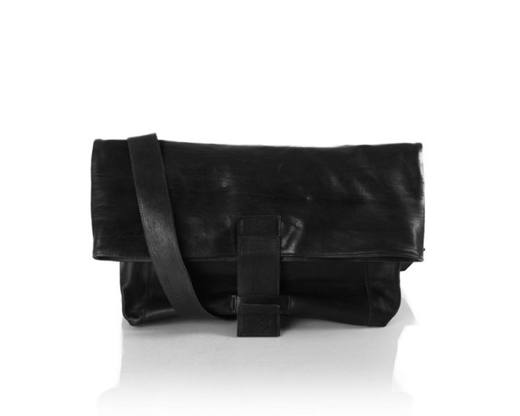 Black Men's Messenger Bag, um 390 €