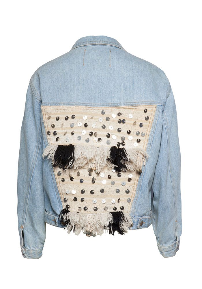 Jede Upcycling-Jeansjacke ist ein Unikat