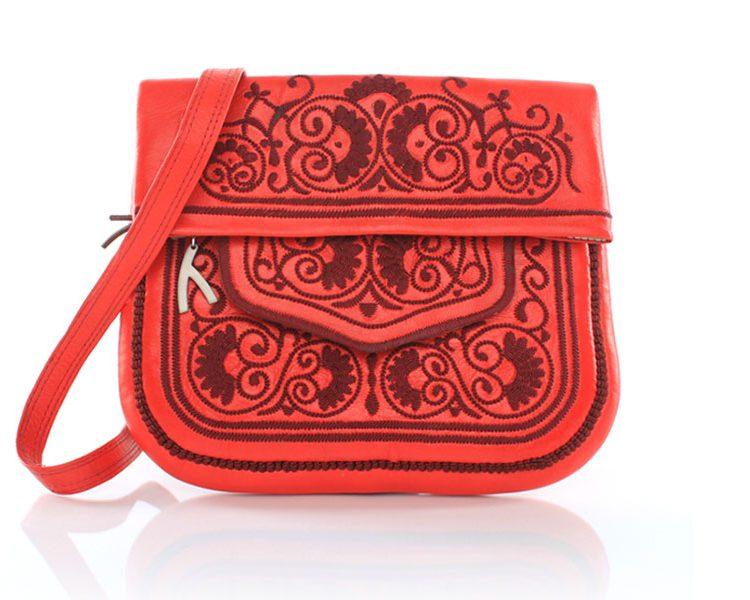 Abury Collection: Shoulder Bag Red Saadia