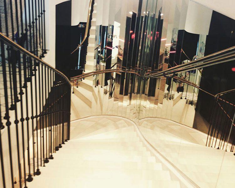 Diese Treppe ist zuständig für den Namen. Warum? Schaut vorbei und fragt die Designer?