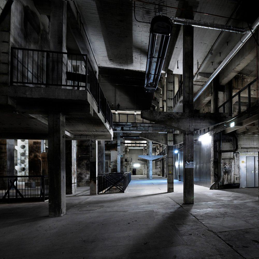 Kraftwerk-Berlin_Greenshowroom-auf