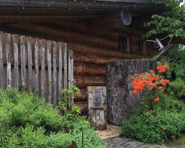 Saunaparadies im Garten: die Blockhaussauna
