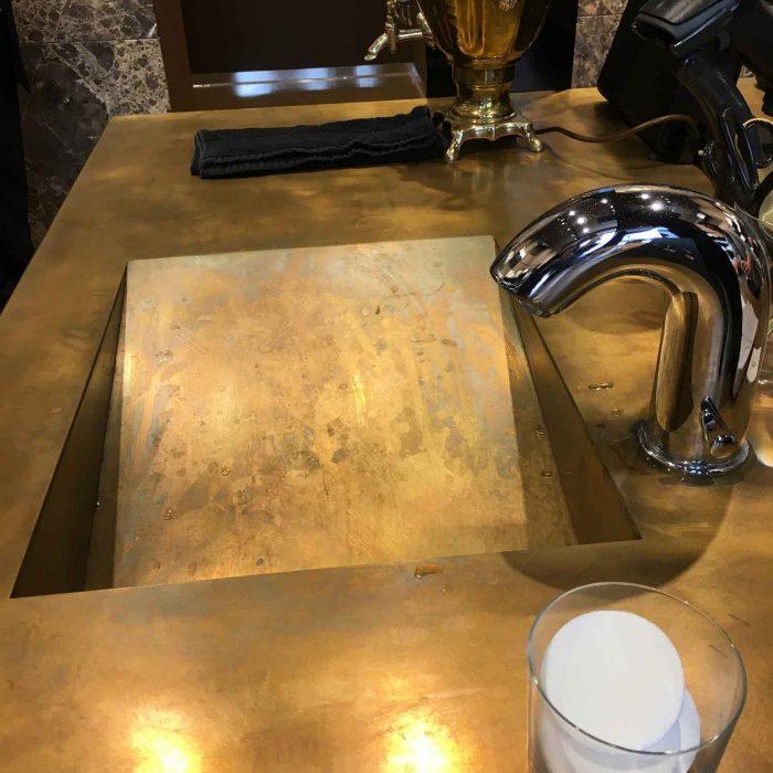Tolles Design: Waschbassins aus Messing